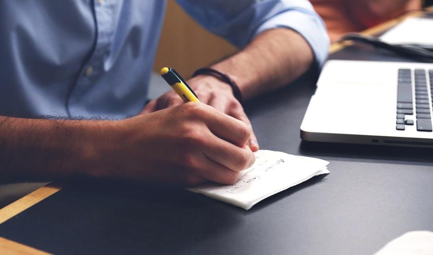Vá além da escrita: 5 habilidades de um bom produtor de conteúdo.