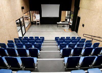 auditorio maker aldeia - arquibancada